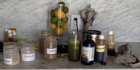 超模娜歐蜜坎貝兒公開這杯神秘「綠果汁」配方,加了「這14樣東西」抗疫同時瘦