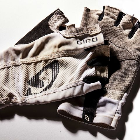 It Doesn't Matter Whether You Wear Cycling Gloves