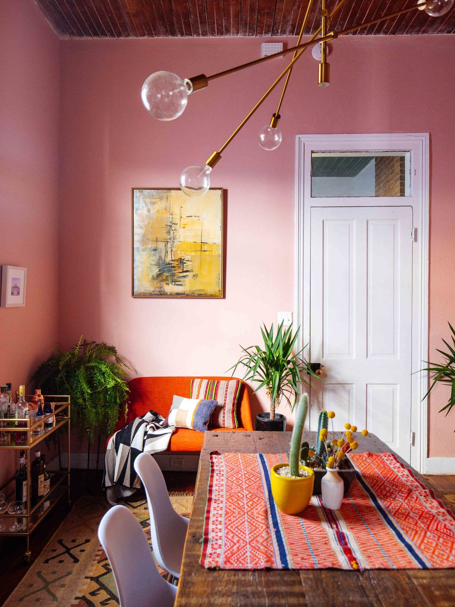 The 10 Best Colors To Pair With Pink