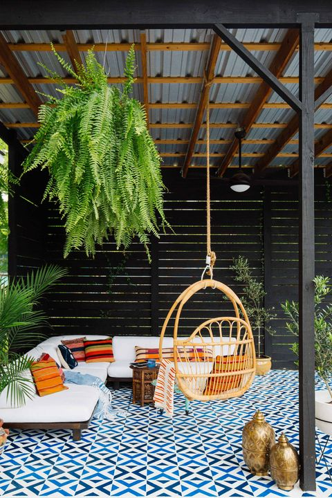 Tree, Swing, Plant, Room, Porch, Vascular plant, Furniture, Home, House, Branch,