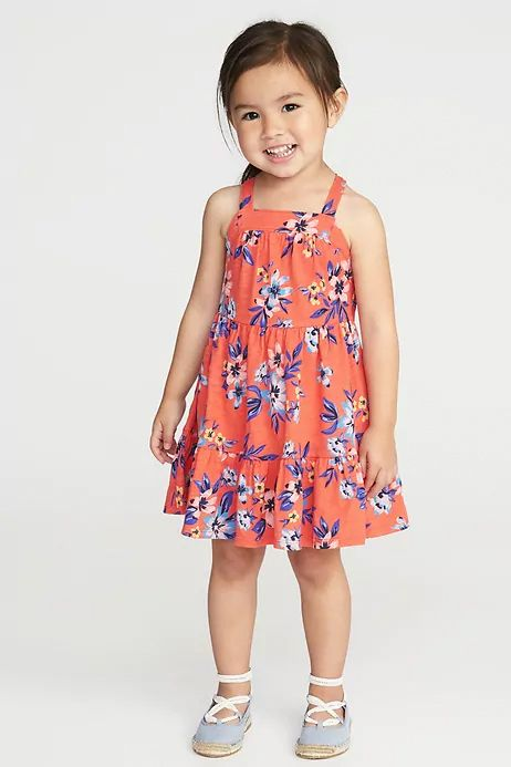 Tanks, Tees, and Swimwear Are 50% Off At Old Navy for Memorial Day 2018