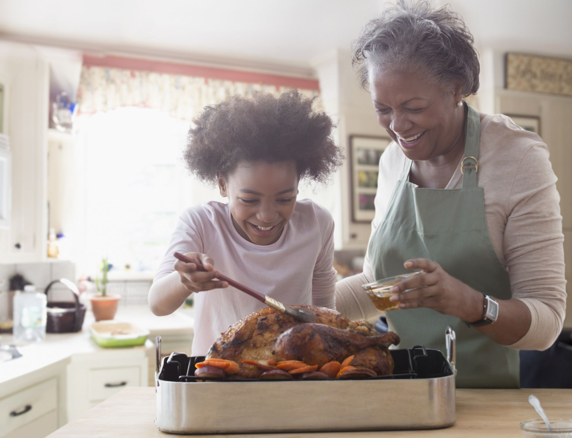 16 Unique Thanksgiving Traditions to Start with Your Family This Year