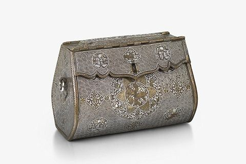 Bag, Handbag, Beige, Fashion accessory, Metal, Rectangle, Silver, Coin purse,
