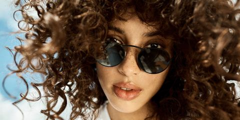 90s Fashion Trends How to Wear in 2017 Sunglasses Oliver Peoples