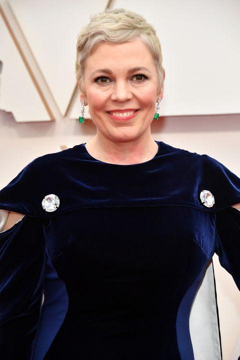 Actrice Olivia Coleman met een verrassende blonde coupe bij de Oscars 2020