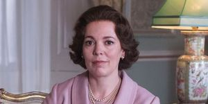 the crown olivia colman netflix queen elizabeth eyes blue brown