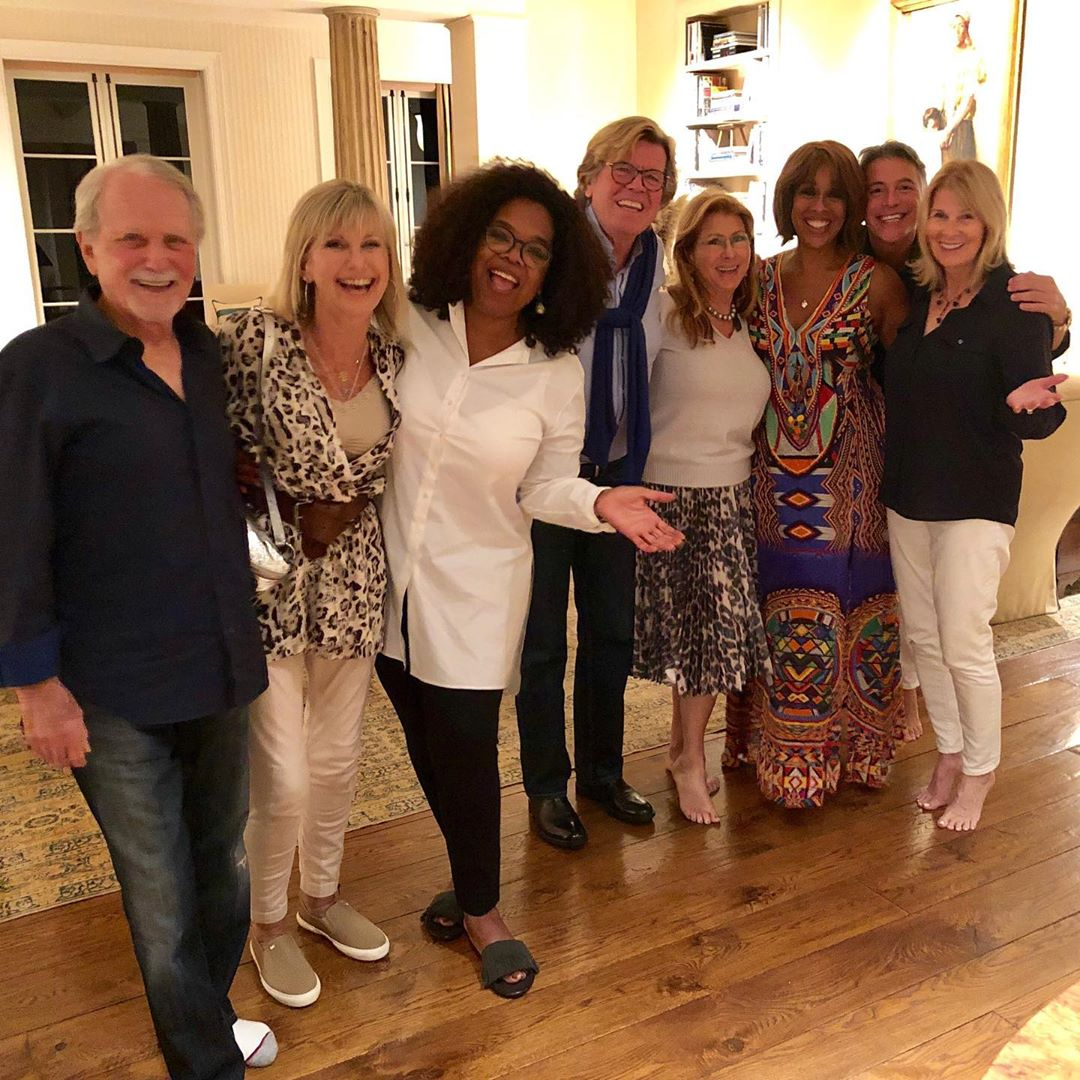 Olivia Newton-John Just Hung out With Oprah, and Fans Are Losing It Over the Photo
