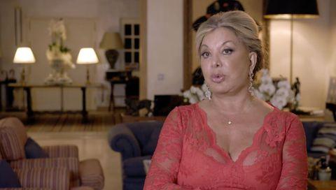 Olivia Valère presume de casa de lujo en 'Ven cenar conmigo'