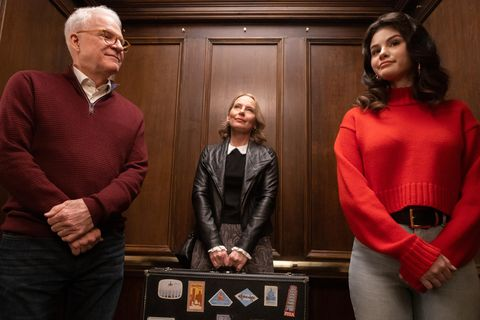 only murders in the building    how well do you know your neighbors   episode 103    oliver employs his theater director skills to analyze the case charles  mabel question an obsessive cat lover charles steve martin, jan amy ryan and mabel selena gomez, shown photo by craig blankenhornhulu