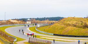 Als Max Verstappen over het Formule 1 circuit van Zandvoort