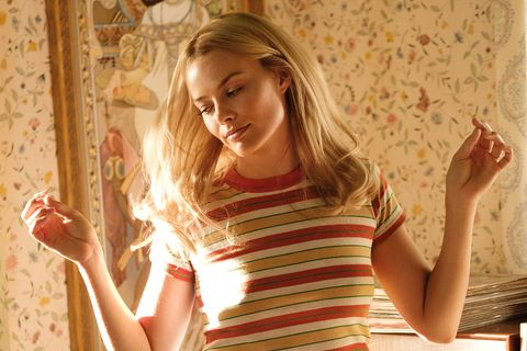 1f6dd65ae Margot Robbie's buttery blonde hair in Once Upon a Time in Hollywood