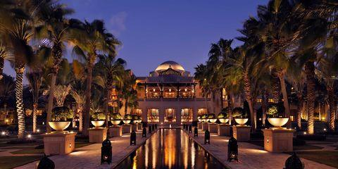 Resort, Palm tree, Tree, Lighting, Building, Sky, Vacation, Hotel, Arecales, Night,