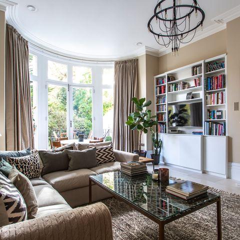 Living room, Room, Property, Furniture, Interior design, Home, Building, House, Ceiling, Real estate,