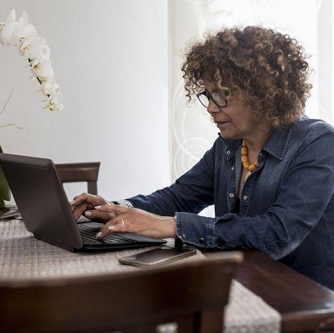 online-writing-jobs-academic-summaries-writer