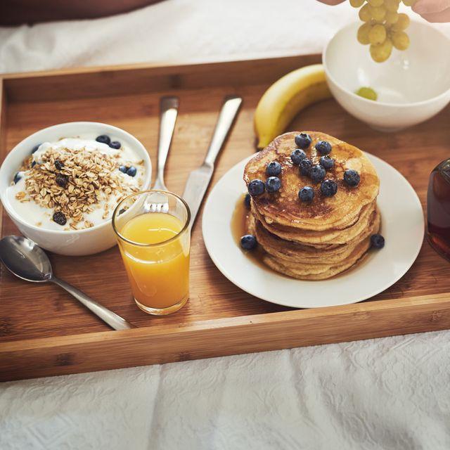ontbijt op bed voor vaderdag