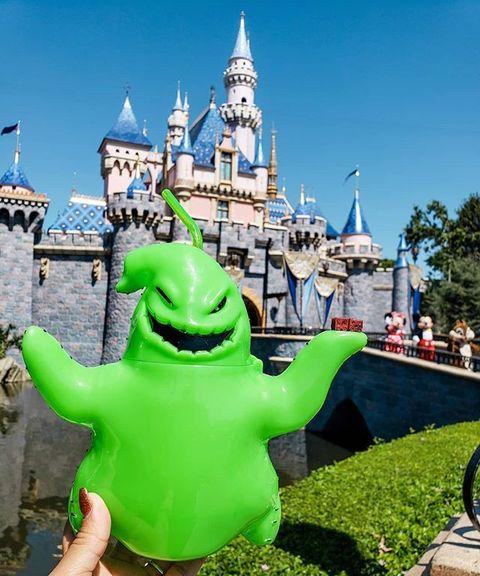 Green, Landmark, Castle, Tourism, Sky, Leisure, Fun, Grass, Vacation, Architecture,