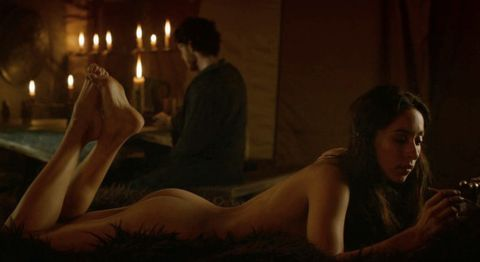game of thrones sex scenes, sexiest moments game of thrones, talisa and robb sex, robb stark sex,