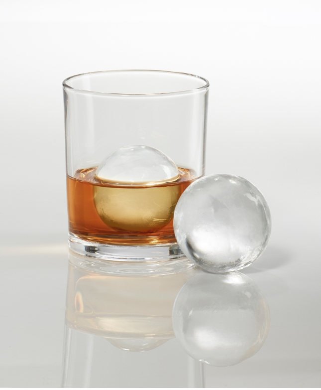 This LG Freezer Makes the Most Perfect Ice Spheres You've Ever Seen
