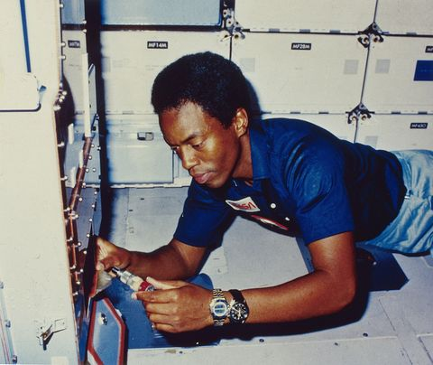 1983 dr guion s bluford jnr, a mission specialist on sts 8, the third flight of the orbiter challenger checks out the sample pump on the continuous flow electrophoresis system cfes on the mid deck cfes is an experiment designed to separate biological materials according to their surface electrical charge as they pass through an electric field photo by mpigetty images