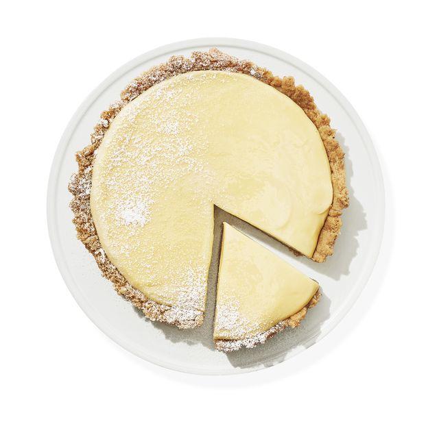 Yellow, Ingredient, Beige, Circle, Coconut, Peach, Sweetness, Baked goods, Recipe, Staple food,