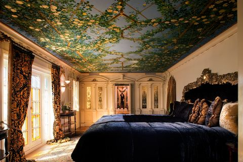 Ceiling, Room, Property, Wall, Building, House, Interior design, Bedroom, Architecture, Lighting,