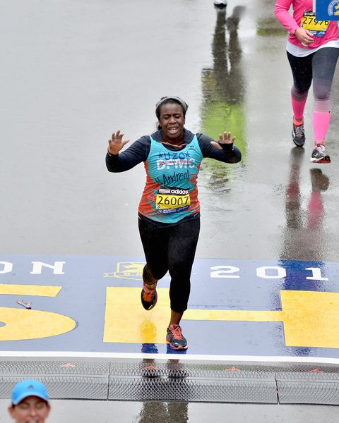 """orange is the new black"" star uzo aduba ran 2015 boston marathon to support boston's dana farber cancer institute boston area native joined dana farber marathon challenge dfmc team to raise funds for cancer research at dana farber"