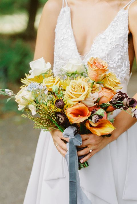 25 fall wedding bouquets fall flowers for wedding bouquets fall wedding flowers mightylinksfo