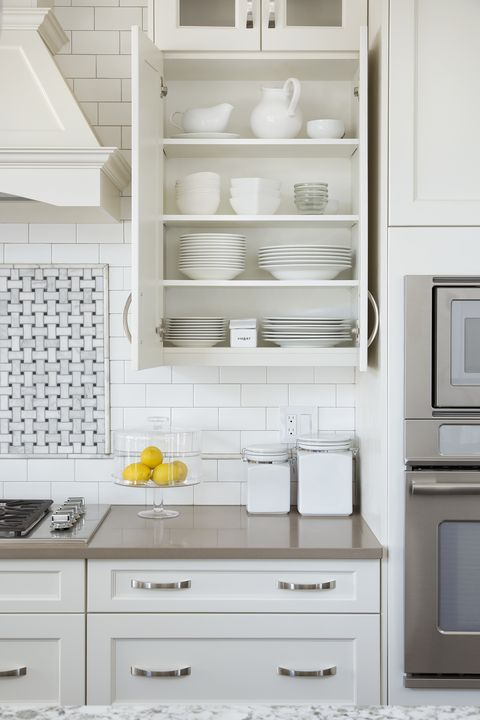 Open Shelving Isn T Replacing Upper Cabinets