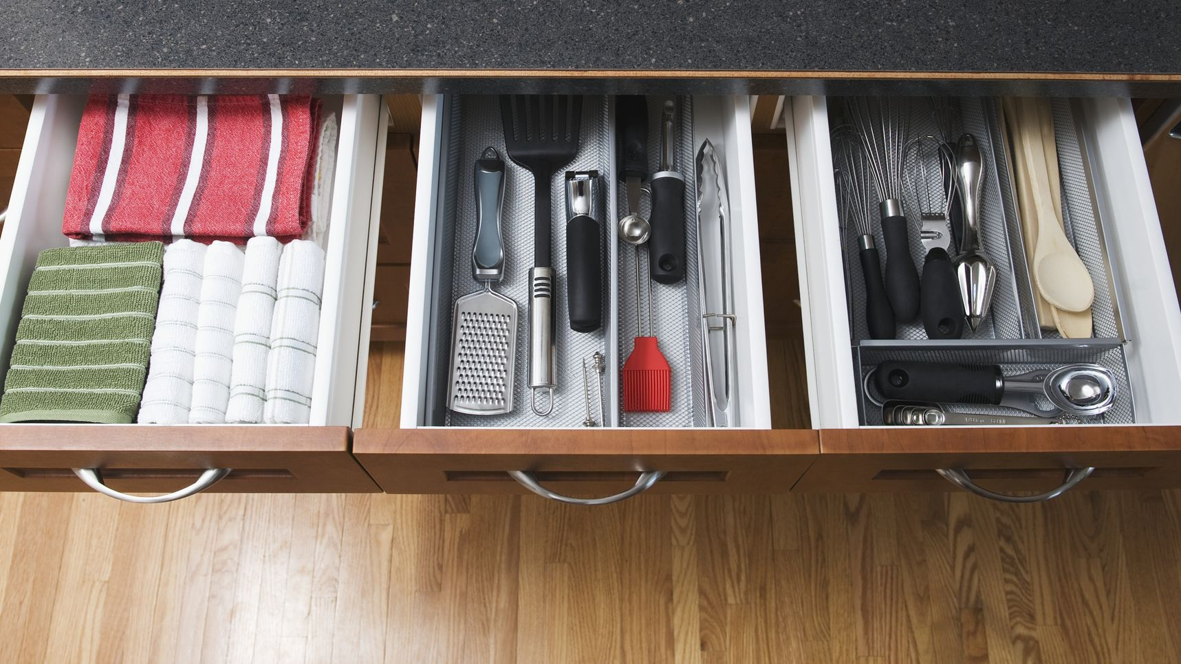 How to organise your drawers like a pro