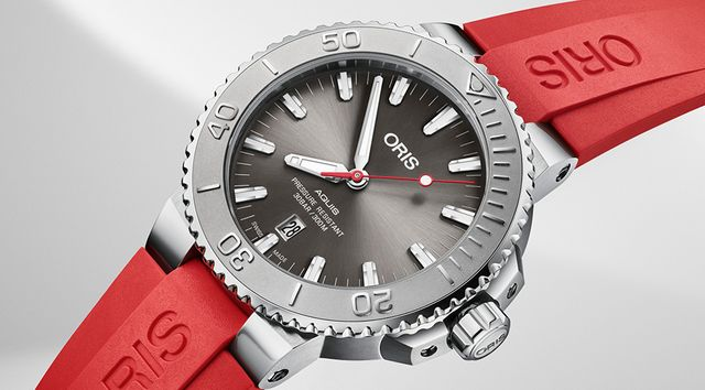 Oris Aquis Date Relief with Red Strap