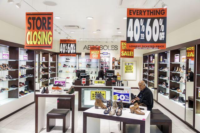 orlando, the mall at millennia, aerosoles shoe store closing sale