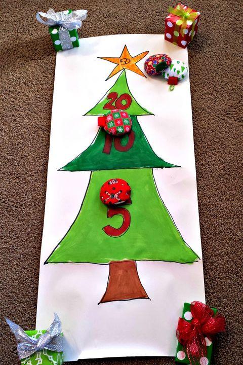 26 fun christmas games to play with the family homemade christmas