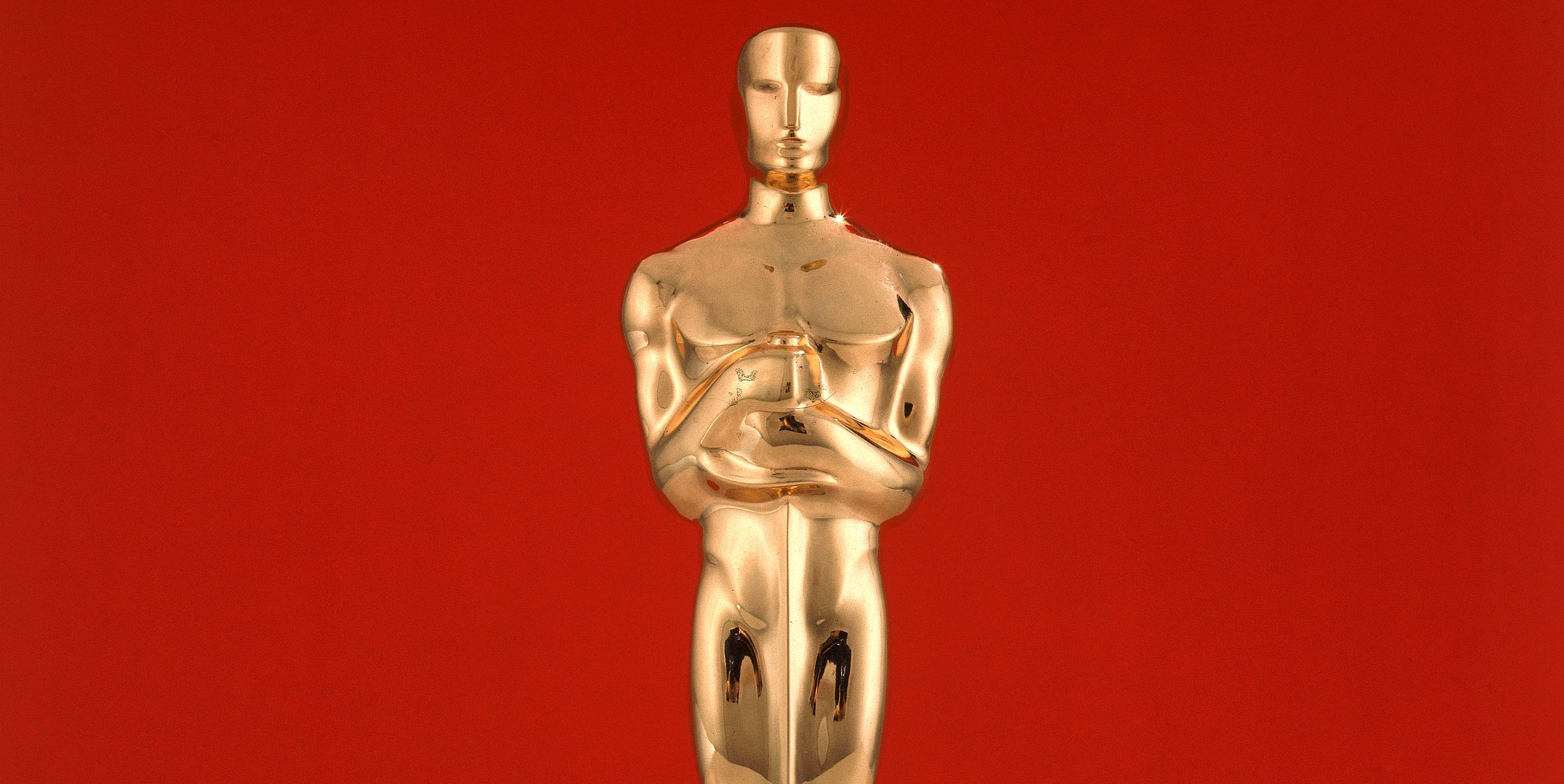 golden oscar statue
