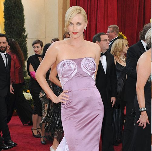 35 Oscars Outfits That Didn't Quite Work - Worst Oscars Dresses of All Time