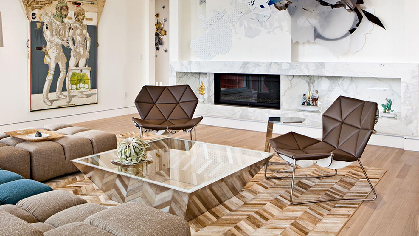 Un apartamento lujoso a base de materiales tradicionales