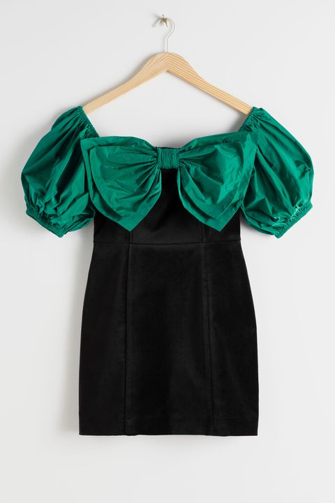 Clothing, Green, Black, Dress, Turquoise, Cocktail dress, Teal, Sleeve, Shoulder, Outerwear,