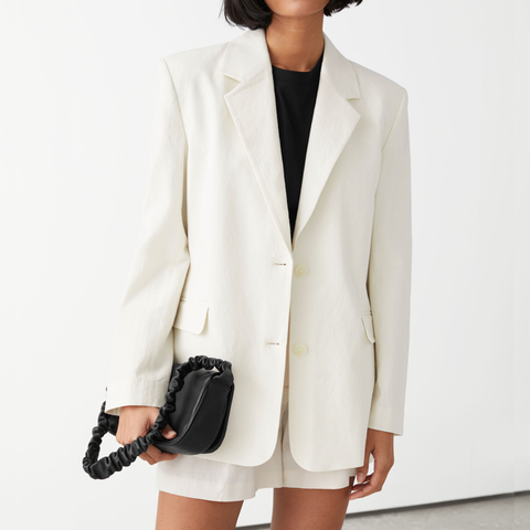 linnenblend blazer met bijpassende korte broek met centuur