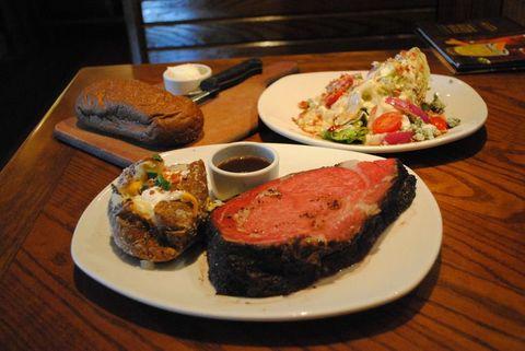 Dish, Food, Cuisine, Ingredient, Meat, Kobe beef, Rib eye steak, Steak, Beef tenderloin, Meal,