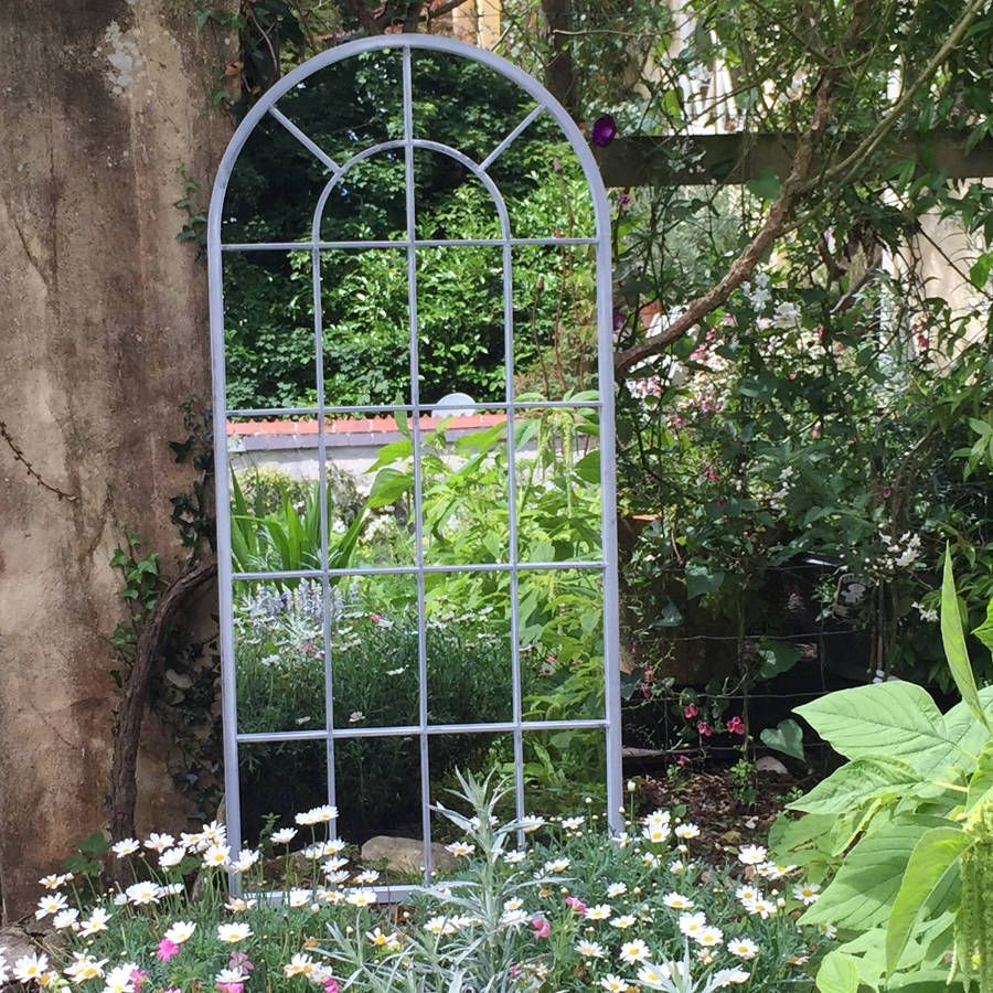 10 Best Garden Mirrors - Stylish Outdoor Mirror Ideas