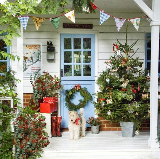 50 Best Outdoor Christmas Decorations - DIY Outside Christmas Porch ...