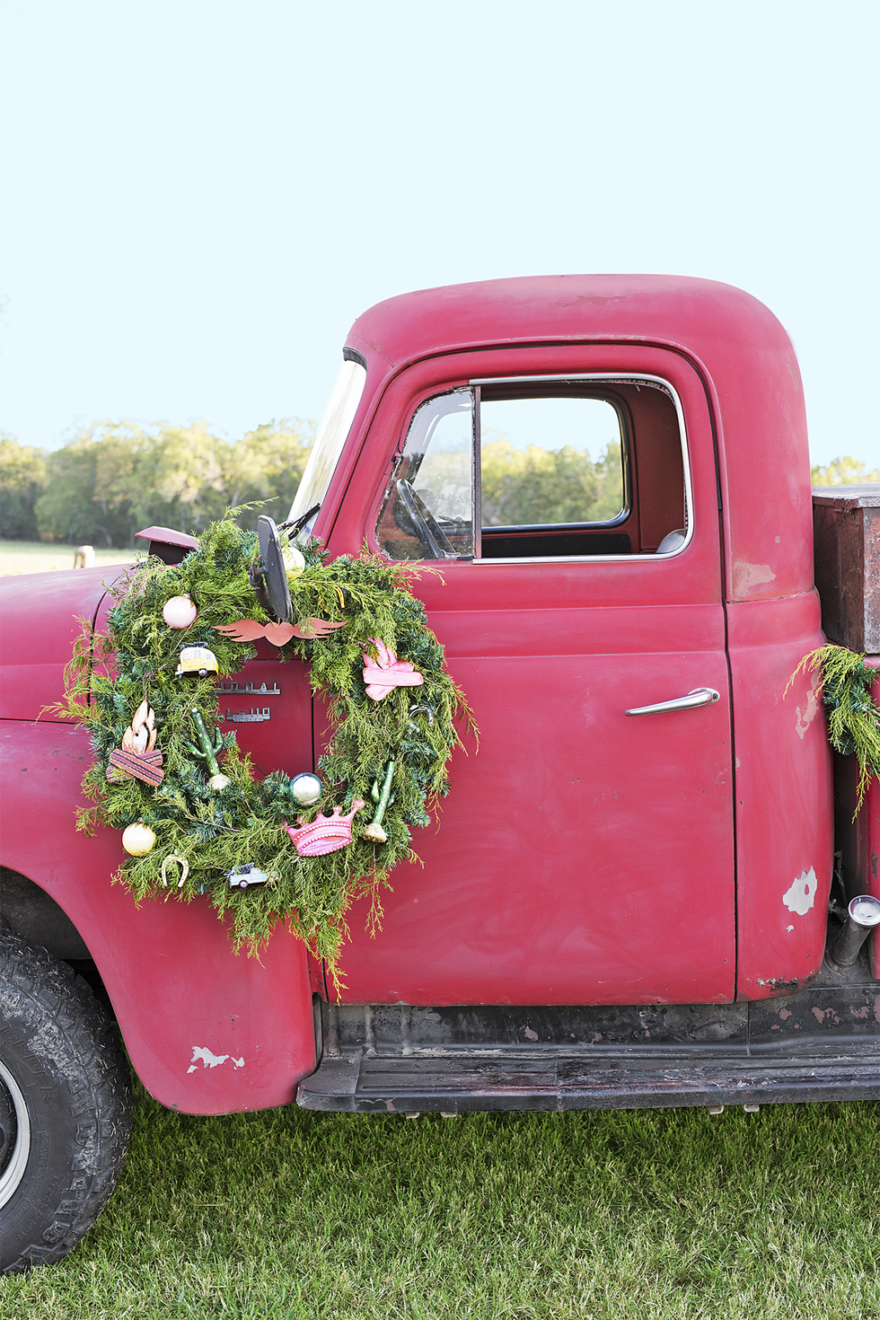 outdoor christmas decor truck