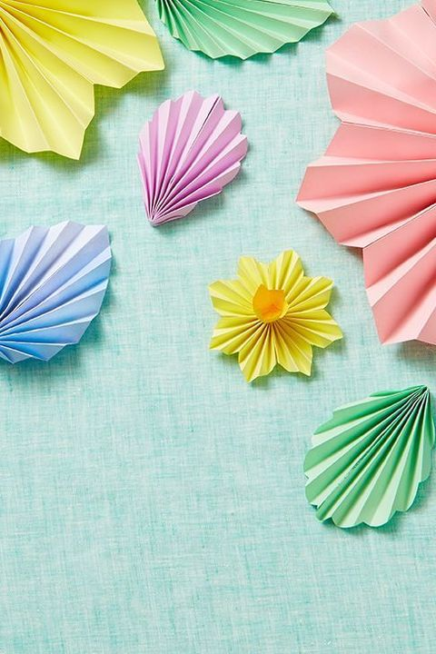 outdoor easter decor paper flowers