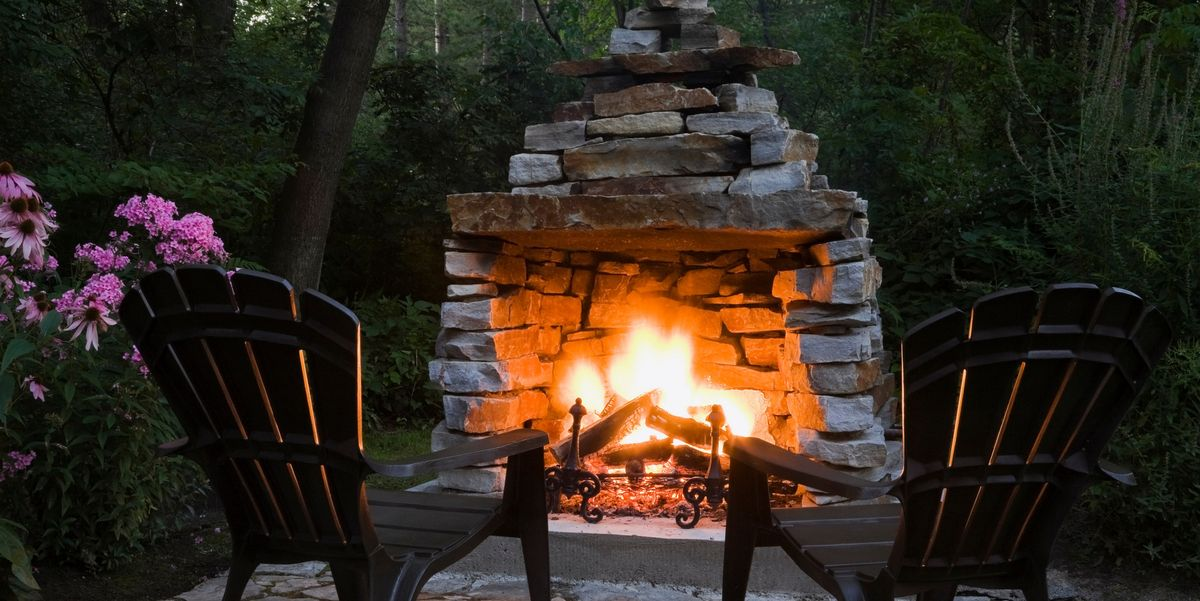 20 DIY Outdoor Fireplaces to Keep You Cozy