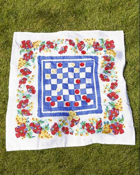 outdoor games-diy checkers