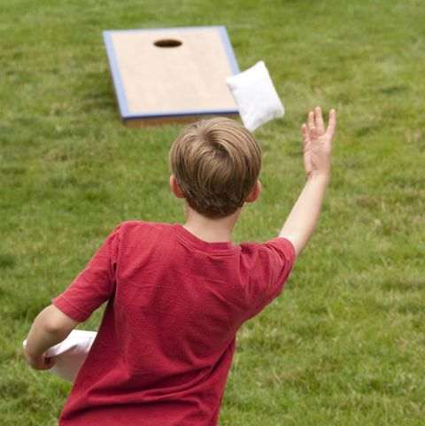 outdoor games for kids - cornhole