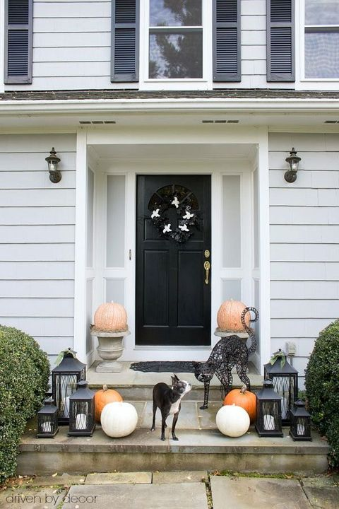 25 Best Outdoor Halloween Decorations Halloween Porch Decoration Ideas