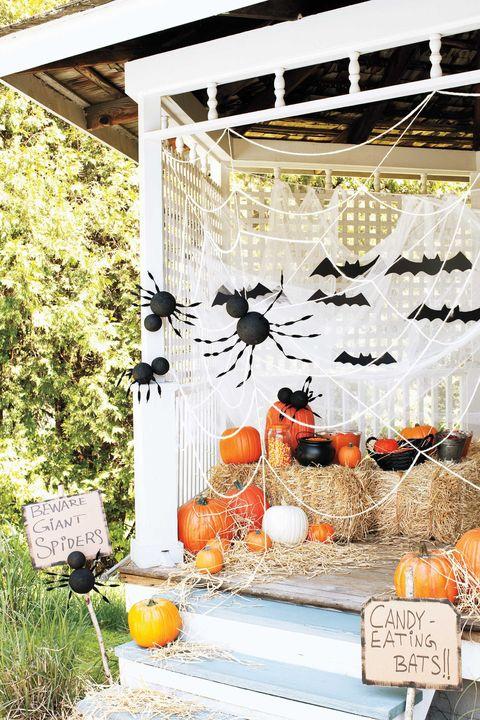 outdoor halloween decorations spiders bats