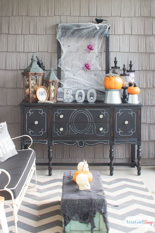 outdoor halloween decorations treat table