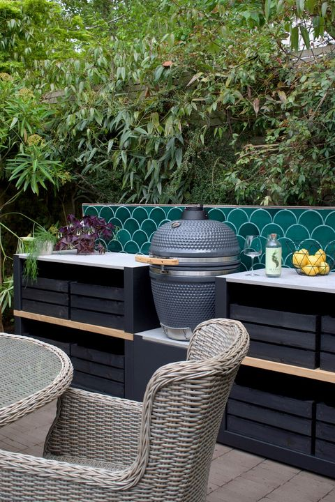 outdoor kitchen, gusto charcoal bbq by grillo garden design by pollyanna wilkinson garden design