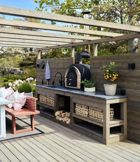 outdoor kitchen lundhs royal® silk surface